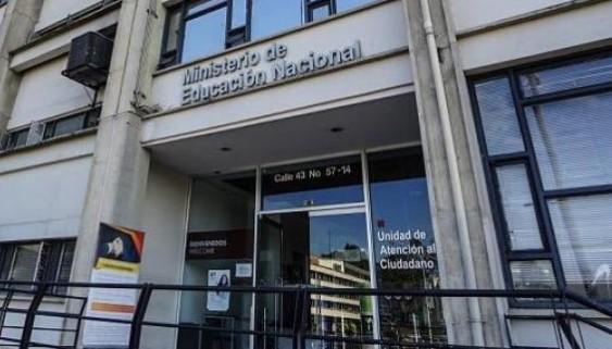 Teléfono Ministerio de Educación